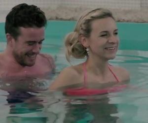 MILF Underwater Videos